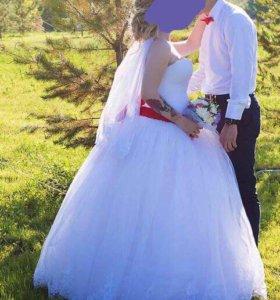 Чудесное свадебное платье!