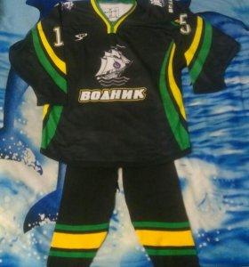 Хоккейная форма(ретузы, свитер)