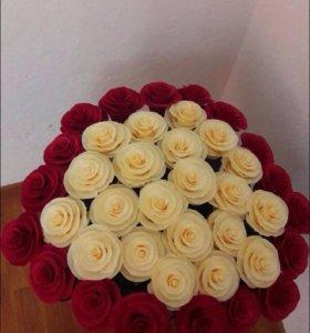 Розы ручной работы из гафрированной бумаги