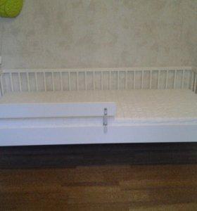 Детская кровать и матрас IKEA
