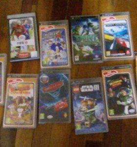 Много игр для PSP в оригинальных коробках