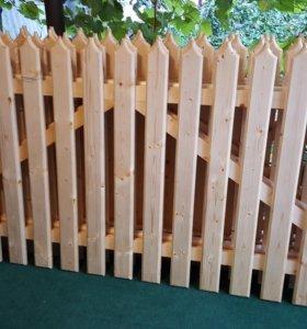 Забор новый.