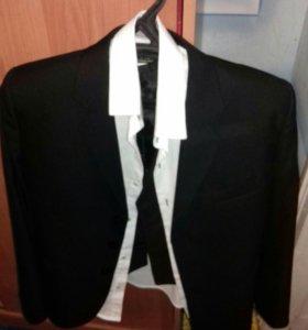Пиджак,рубашка,жилет