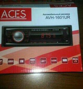 Магнитола ACES AVH-1601UR