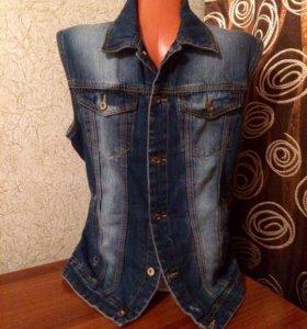 Безрукавка джинсовая, р-р 46-48