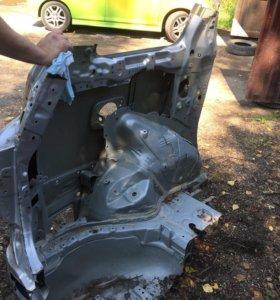 Toyota estima 2012 четверть задняя левая