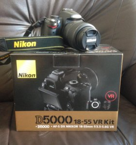 Nikon D5000 и 2 объектива Nikon 18-55 и 55-200