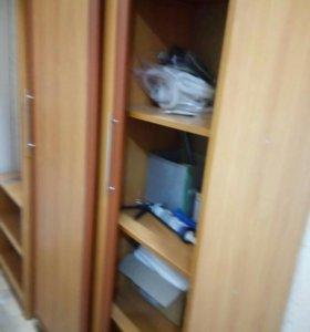 Шкаф, прихожая.