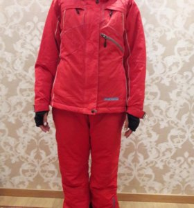 Зимний спортивный женский костюм