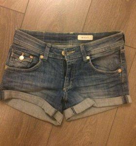 Новые джинсовые шорты HM