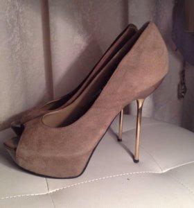 Туфли Graciana на шпильке с открытым мысом на 39