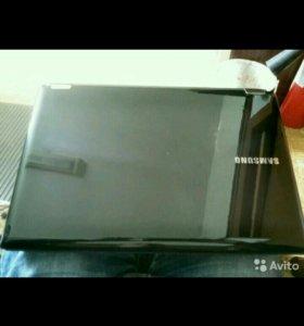 Ноутбук Samsung core-i7