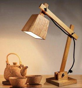 Лампа настольная, классическая.