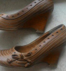 Туфельки новые(доставлю)