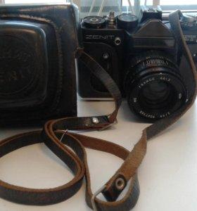 Фотоаппарат Зенит ЕТ с объективом Helios