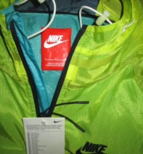 Ветровка Nike мужская