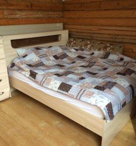 Спальня ( кровать, 2 тумбы, комод)