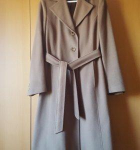 Пальто шерстяное Италия 44 р