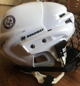 Продаю детский хоккейный шлем Nordvay