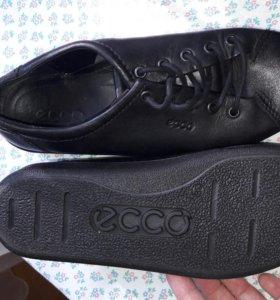 П/ботинки ECCO.