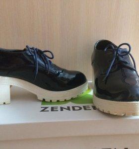 Туфли ,ботинки женские