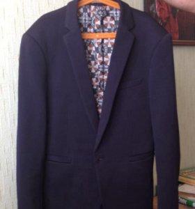 Пиджак тёмно-синего цвета для подростка 13-14 лет