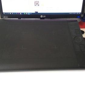 Графический планшет Wacom Intuos 4L