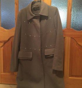 Шерстяное пальто Acasta 50