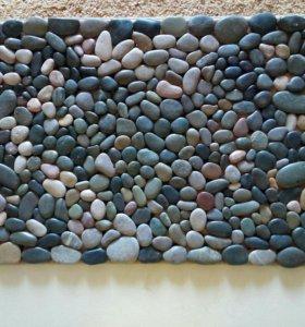 Каменный массажный коврик