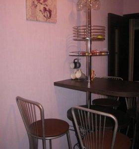 Барная стойка с комплектом стульев 4 шт.