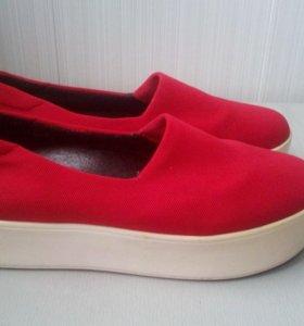 Слипоны обувь