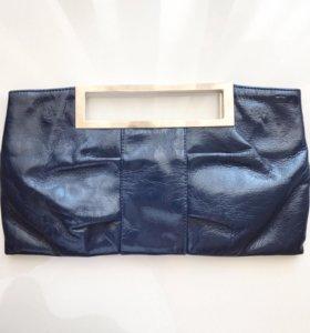 Клатч лакированный темно-синий