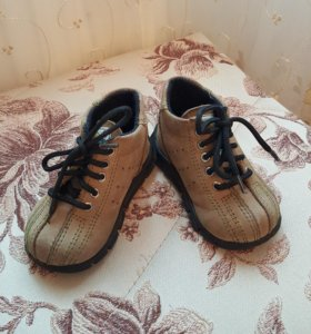 Ботинки для мальчика размер 19