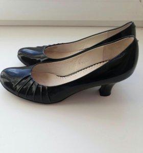 Туфли размер 35 -36.
