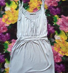 Платье в отличном состоянии)