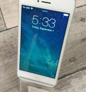 iPhone 5 16Gb Белый (Gevey sim)