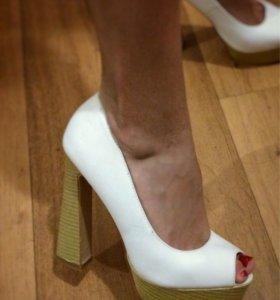Туфли женские 👠 37 и 39 размер