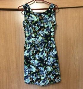 Платье (S) Benetton