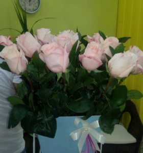 Шляпная коробка 19 роз