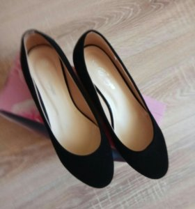 Новые туфли из нубука