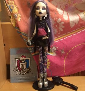 Кукла Monster High Spectra Vondergeist Picture Day