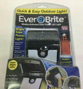 Прожектор Ever bright на солнечных батареях