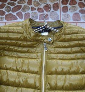 Стильна куртка 48 размер