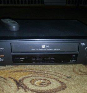 Видео плеер(кассетный)