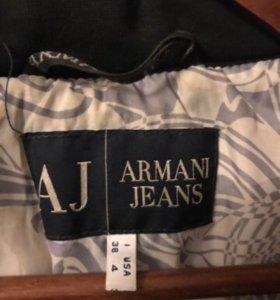 Пуховик пальто ARMANI JEANS