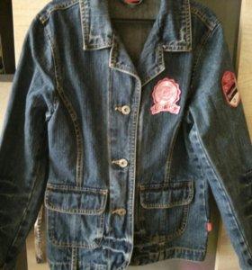 Джинсовка пиджачком детская, рост 134-140 новая