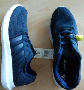 Новые кроссовки Adidas, 42
