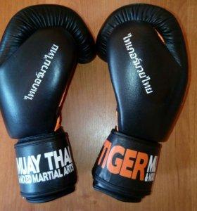 Продам боксерские перчатки Tiger.