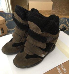 Продам зимние кроссы
