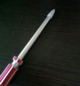 Ручка чёрная види инструмента паста вынемается